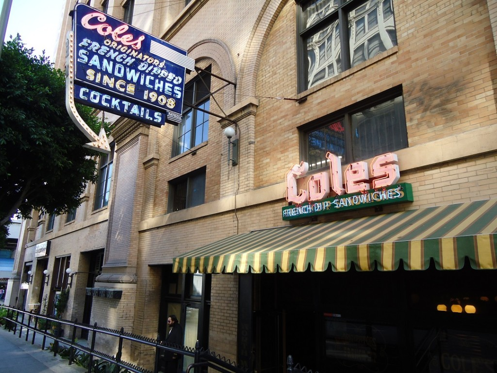 coles-downtown-los-angeles-outside