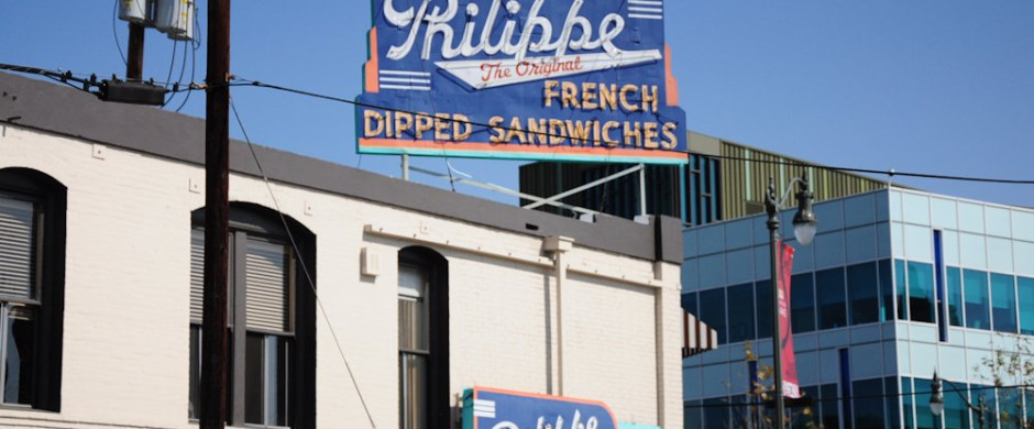 outside-philippes-the-original