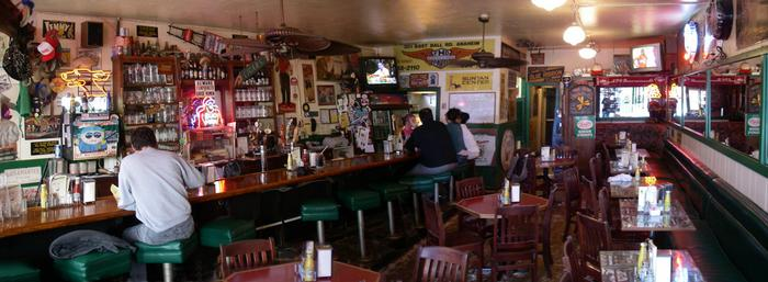 richmond-bar-and-grill-interior-history